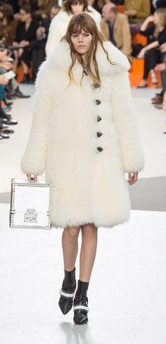 Louis Vuitton, voyage en intuition