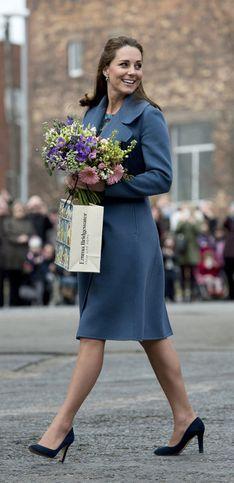 Kate Middleton schwanger: So stylisch verpackt sie ihren Babybauch!