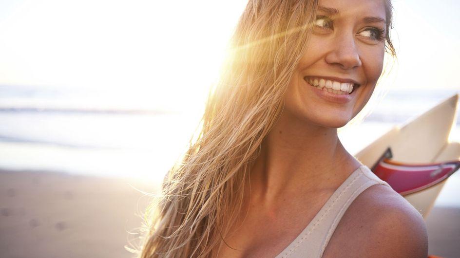 Capelli al sole: i migliori prodotti per proteggerli prima e ripararli dopo