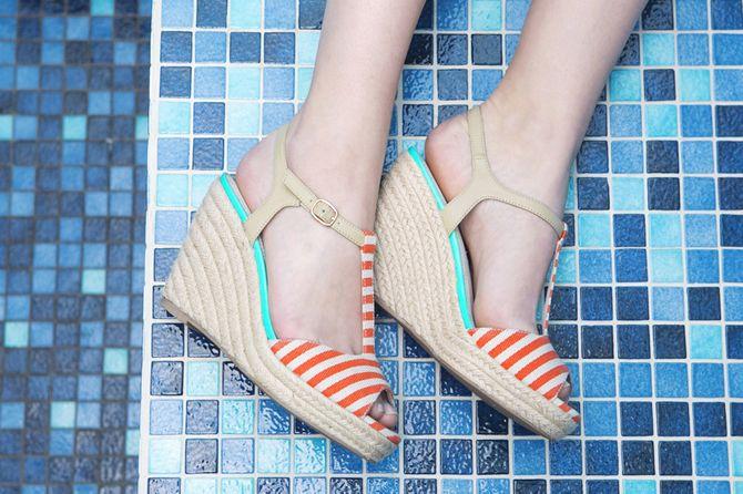 Sandales compensées, la tendance à chausser cet été