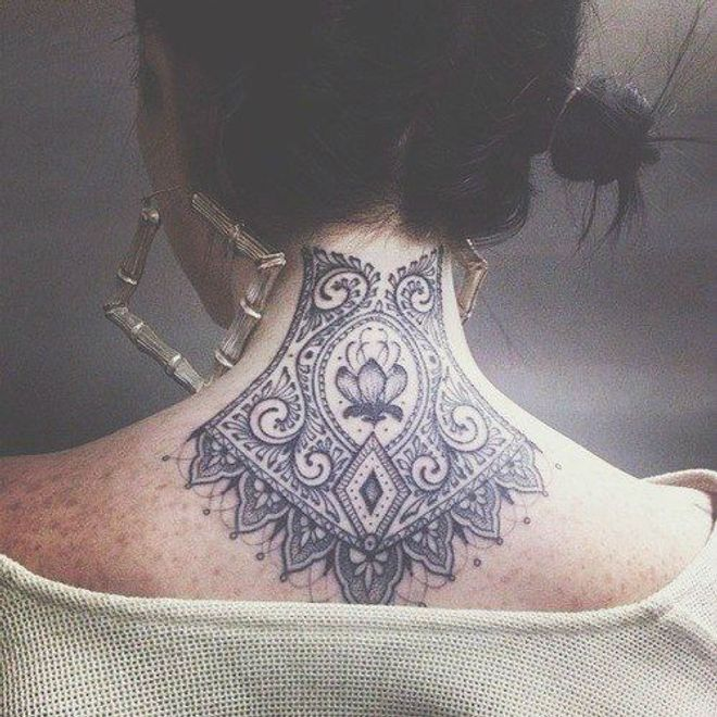 Tatuaggi Collo: le idee più cool