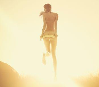 Sexo no verão: lugares e posições sexuais para dias e noites QUENTES