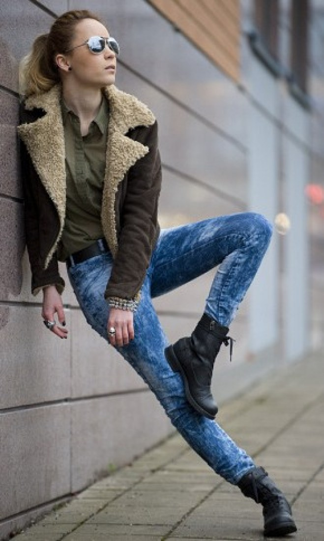 Poses de street styles imposibles
