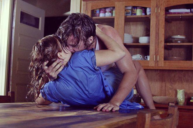 25 posturas del kamasutra para practicar sexo por TODA la casa