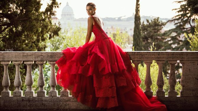 Abiti da sposa rossi: amore, passione e romanticismo!