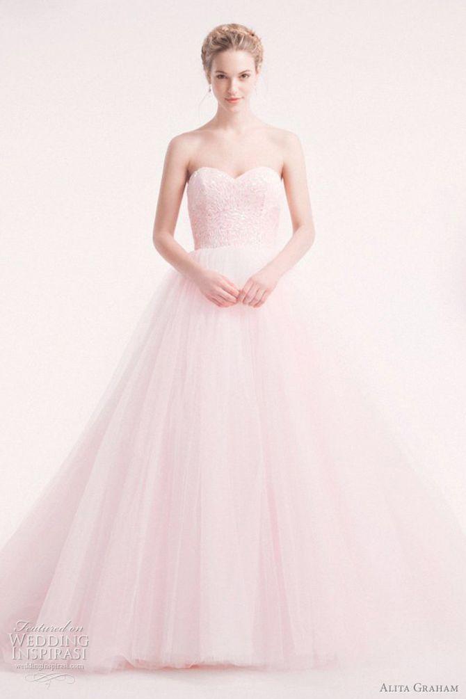 Vestiti da sposa rosa: un sogno romantico!