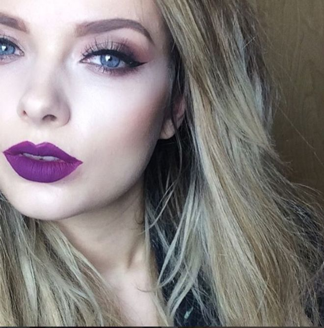 Plum lips - Ideas de maquillaje para Nochevieja