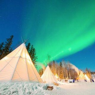 Territoires du Nord-Ouest: village d'Aurora
