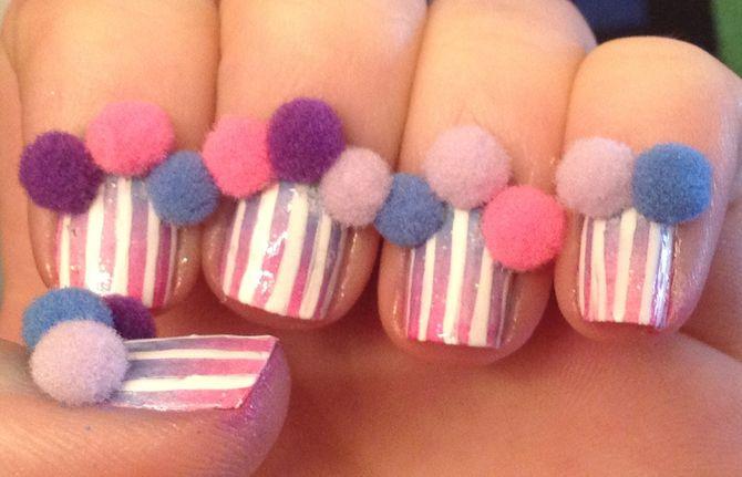 Pompom nails