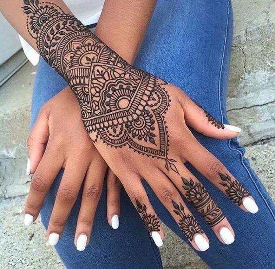 Henne 40 Tatouages Pour Sublimer Notre Peau