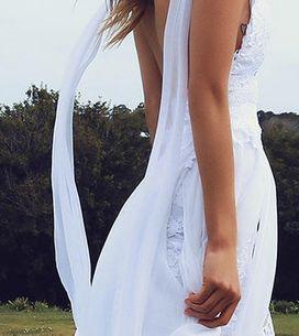 O vestido de noiva de 2,5 milhões de pins