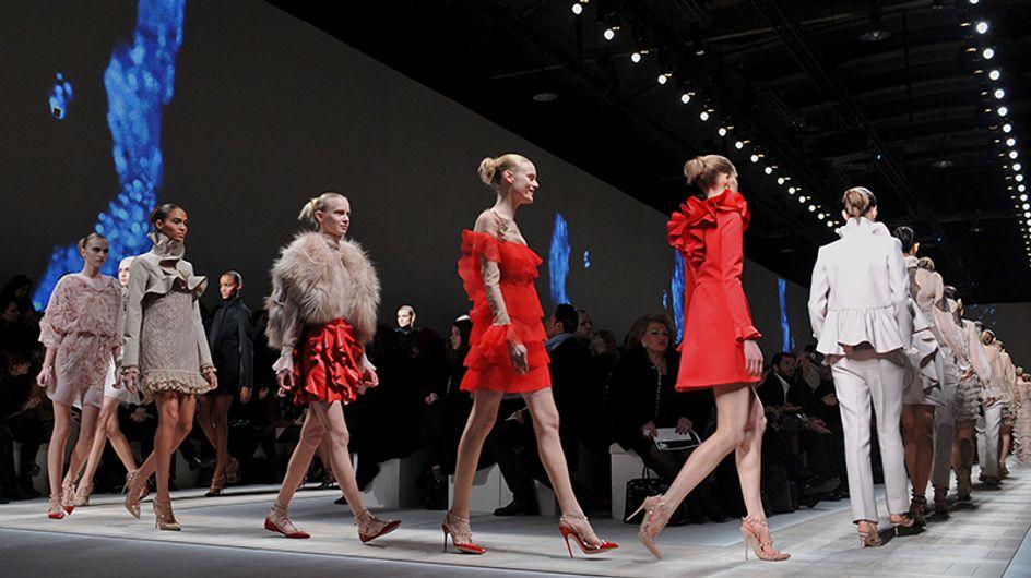 Uma retrospectiva das coleções de Valentino dos últimos dez anos