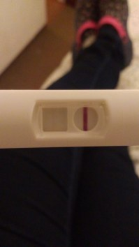2 pruebas de embarazo negativas y no me baja