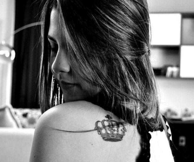 ¡God save the Queen! 60 tatuajes de coronas dignos de la realeza