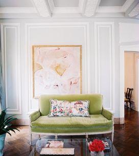 Mais cor no sofá, por favor