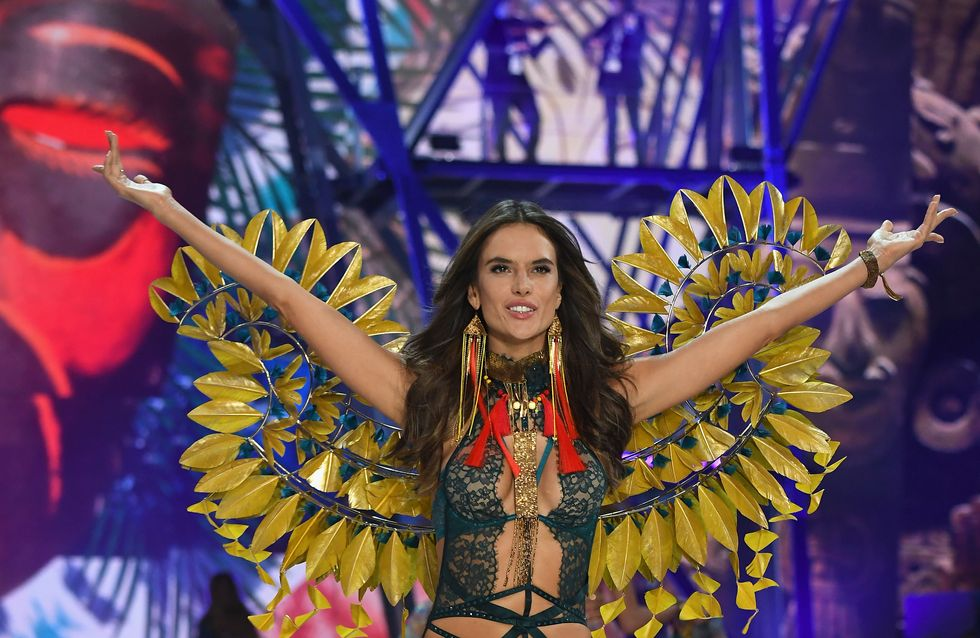 Victoria's Secret : toutes les photos du défilé 2016 à Paris !