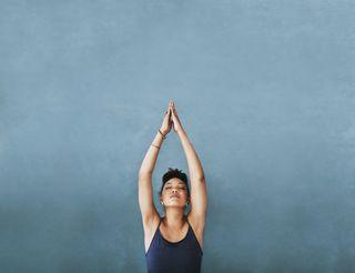 20 postures de yoga pour débutant.e.s et avancé.e.s