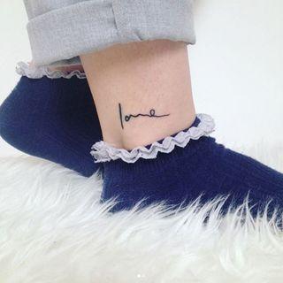 Tatouage Cheville 50 Idees De Tattoos Pour La Cheville