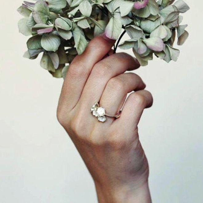 Anéis de noivado diferentes