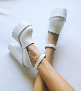 Deu branco nos pés! Inspire-se aqui