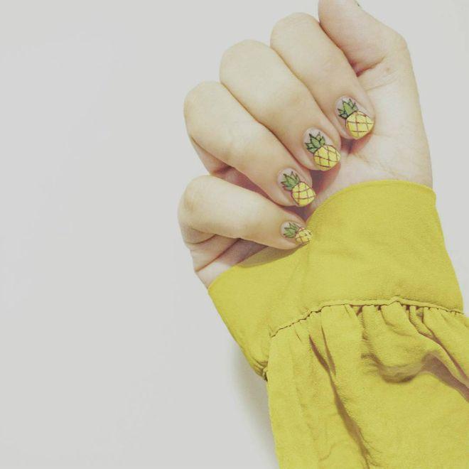 Nail art de abacaxi
