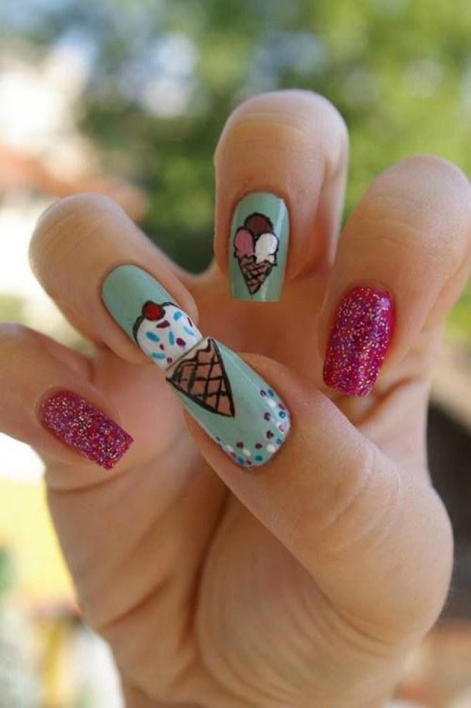 Nail art al gelato: gustosa e fresca per la stagione!