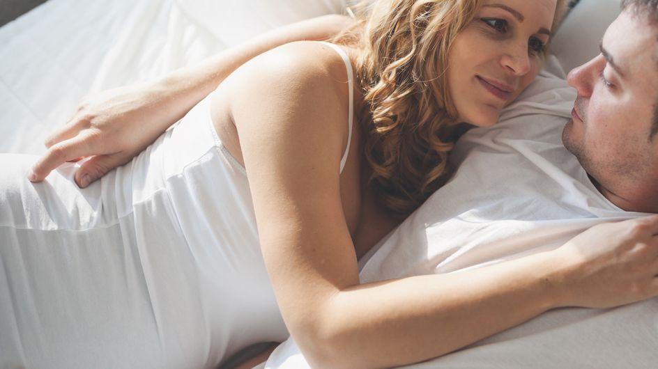 Come si dorme in gravidanza: il progetto fotografico di Jana Romanova