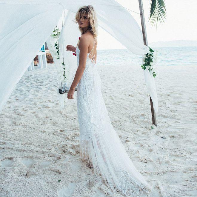 Die schönsten Brautkleider für eine Strandhochzeit