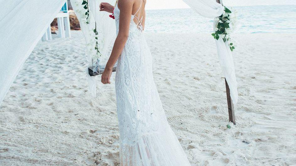 Luftig und fließend: Die schönsten Brautkleider für eine Strandhochzeit