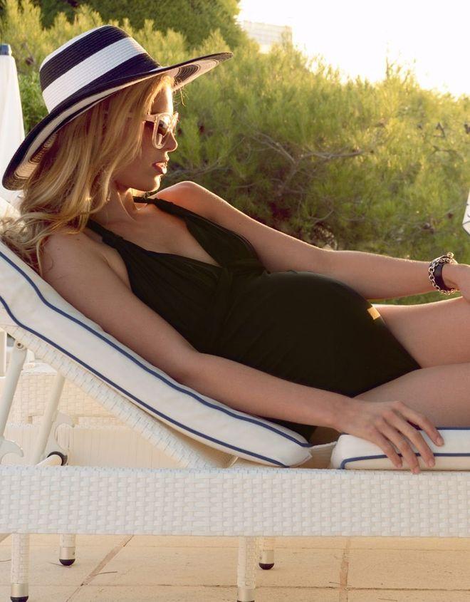 Quel maillot de bain de grossesse pour embellir mon petit bidon ?