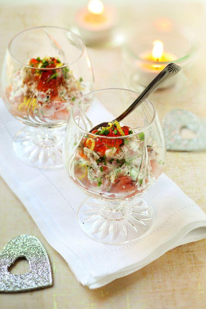 Mini verrines apéritives saumon crevettes oeufs poisson