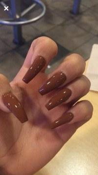 extrem lange fingernägel