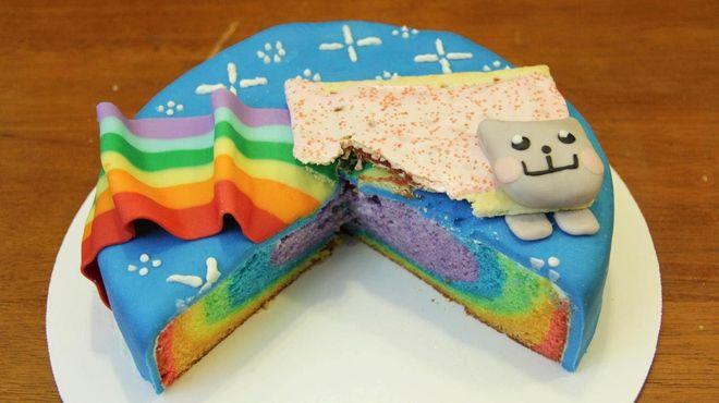 Gâteau chat arc-en-ciel