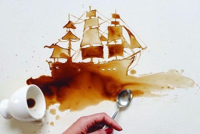 Tâche de café bateau