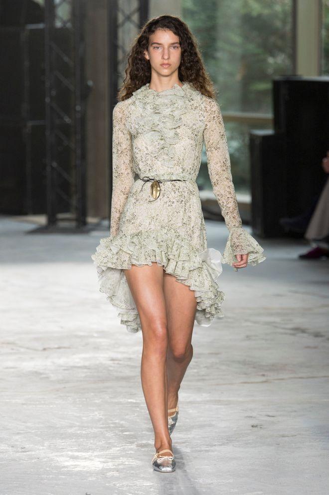 Giambattista Valli y su oda al amor en Paris Fashion Week