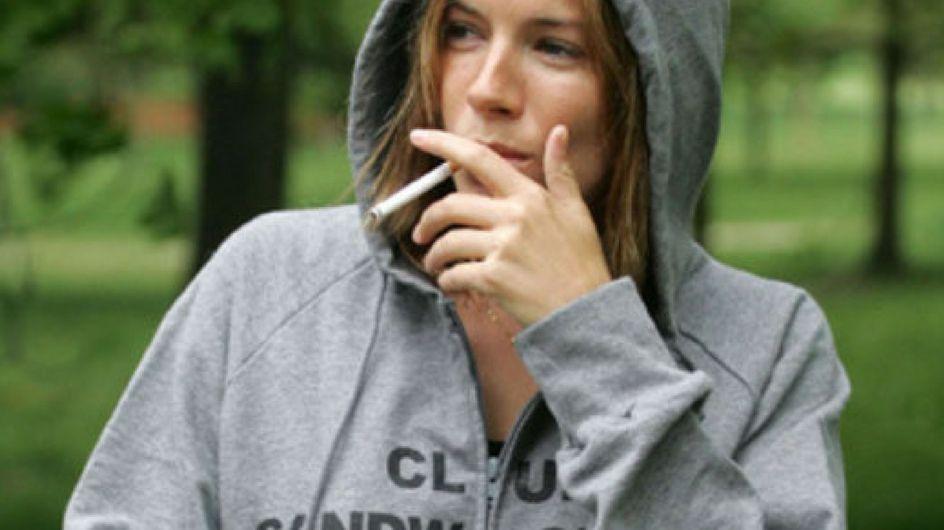 I vizi delle star: le celebrities che non riescono a smettere di fumare