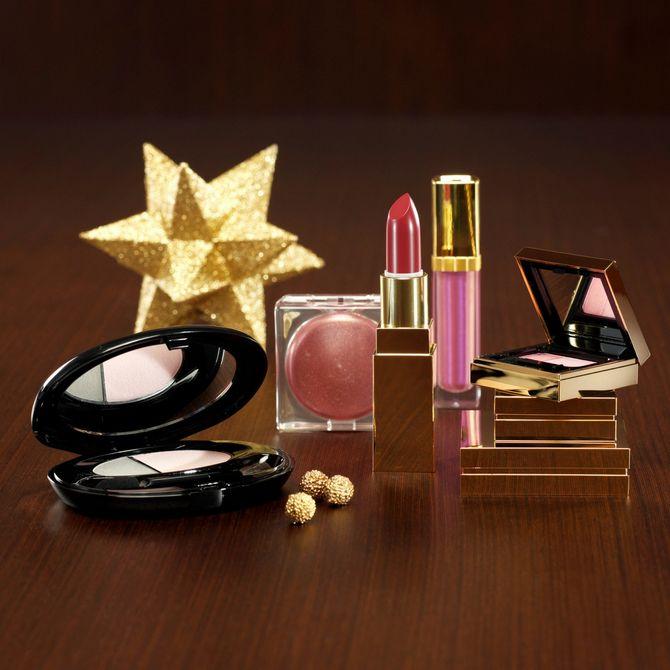 Regali di Natale per lei: i prodotti di bellezza per le feste