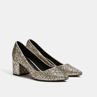 Le scarpe per Capodanno 2018 tra tacchi e glitter