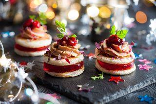 Canapé cranberry foie gras