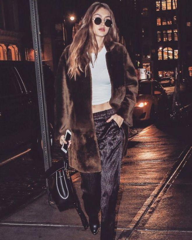 Gigi Hadid - Los looks de invierno de las famosas