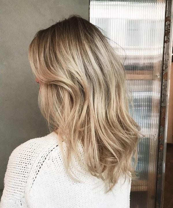 Dickes haar für stufenschnitt Stufenschnitt Frisuren