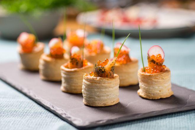 Feuilleté saumon fumé et oeufs de saumon
