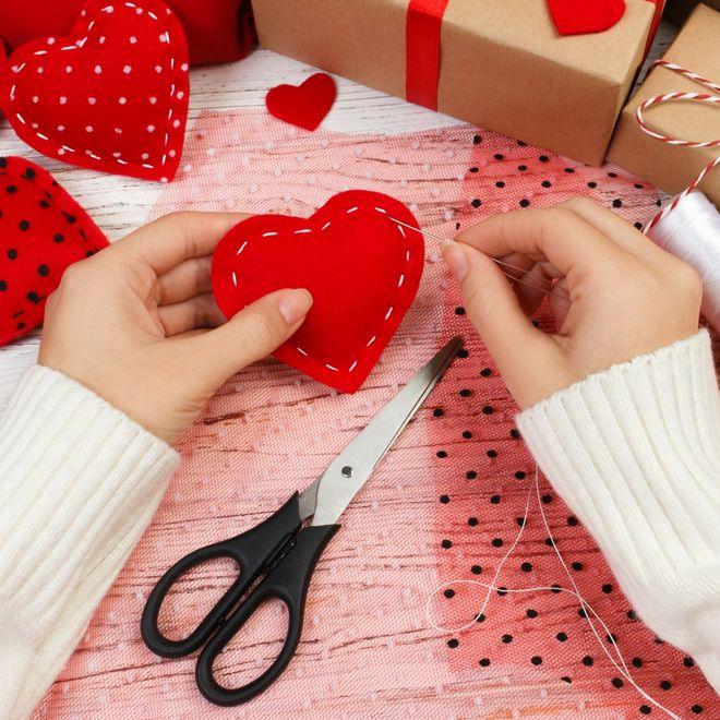 Regali Di Natale Per Lui Fai Da Te.Regali Di San Valentino Fai Da Te Idee Romantiche Per Sorprendere
