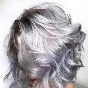 Metallic Hair: the colours trending on Instagram