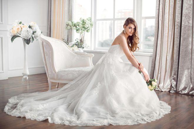 Vestidos de novia primavera-verano 2018: los más bonitos de la temporada