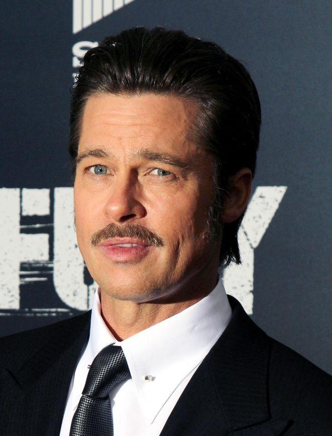 Vip con e senza baffi: come li preferite? - Brad Pitt