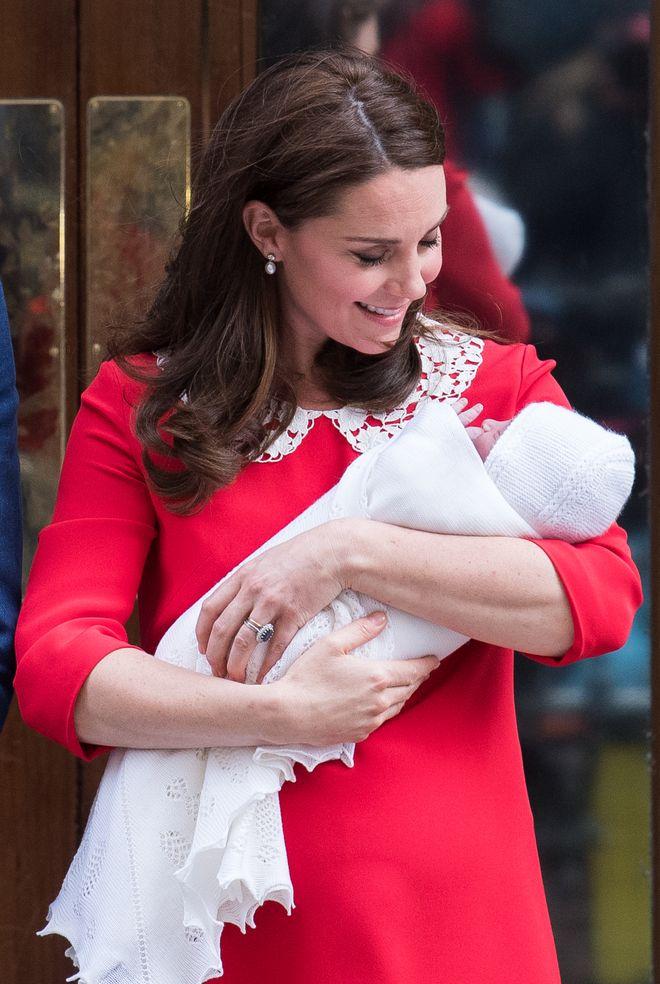 È nato il terzo Royal Baby di Kate Middleton e William: ecco le foto!