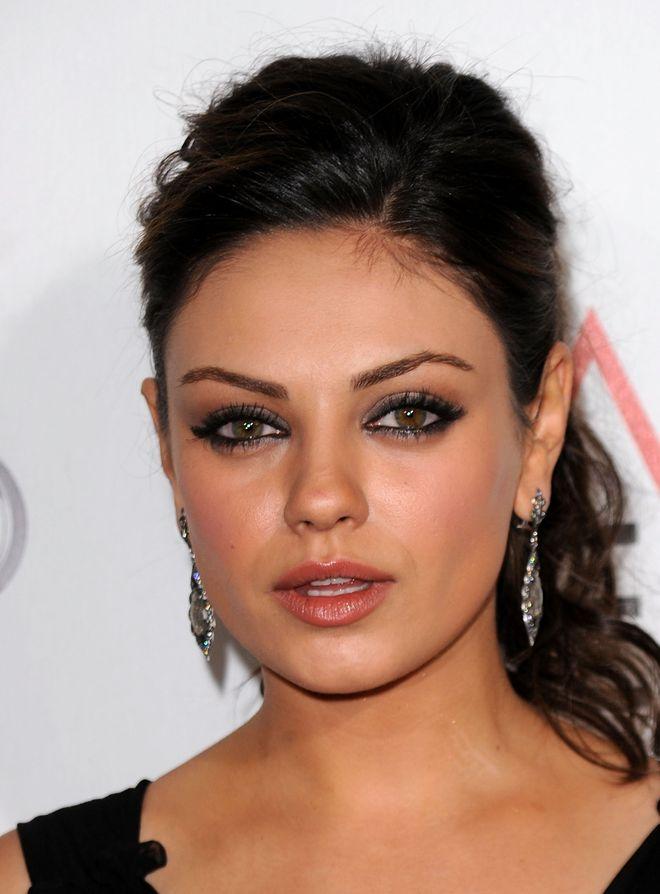 Le star con l'eterocromia: tutti i vip che hanno gli occhi di colori diversi - Mila Kunis