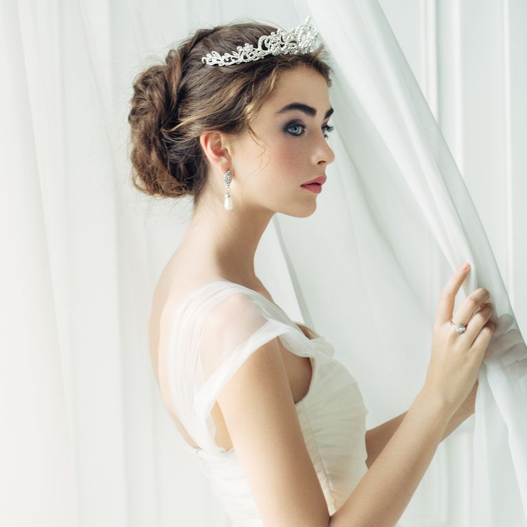 Brautfrisuren Mit Diadem Heiraten Wie Eine Prinzessin Fotoalbum