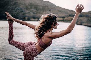 Posturas de yoga para todos los niveles